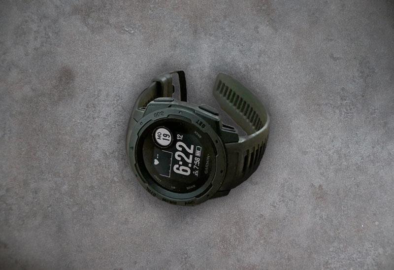 Garmin Sportuhr mit Höhenmesser