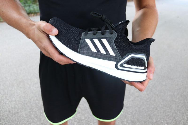 Zero Drop Schuhe besitzen keine Sprengung im Laufschuh