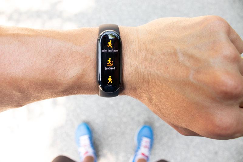 Fitness Tracker haben viele nützliche Funktionen